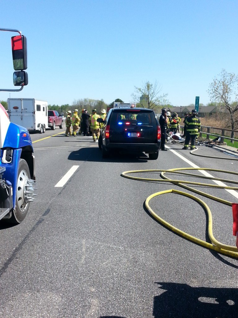 Selkirk FD Responds To Mother's Day Accident On NYS Thruway