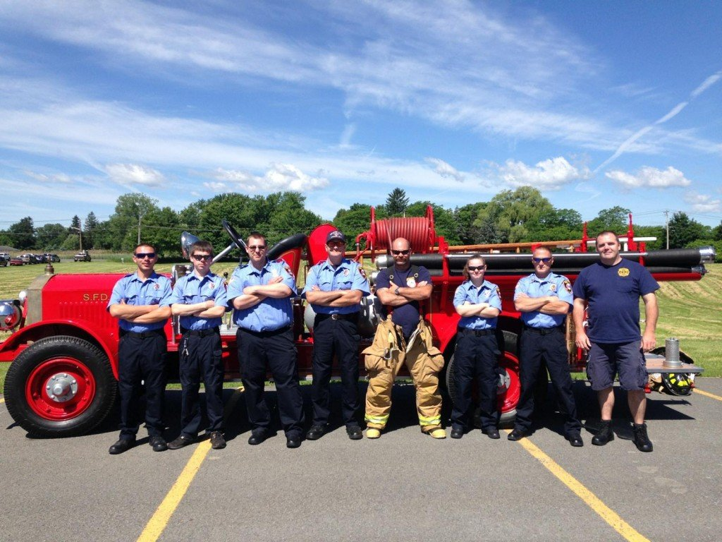 Selkirk FD Attends A.W. Becker School Field Day